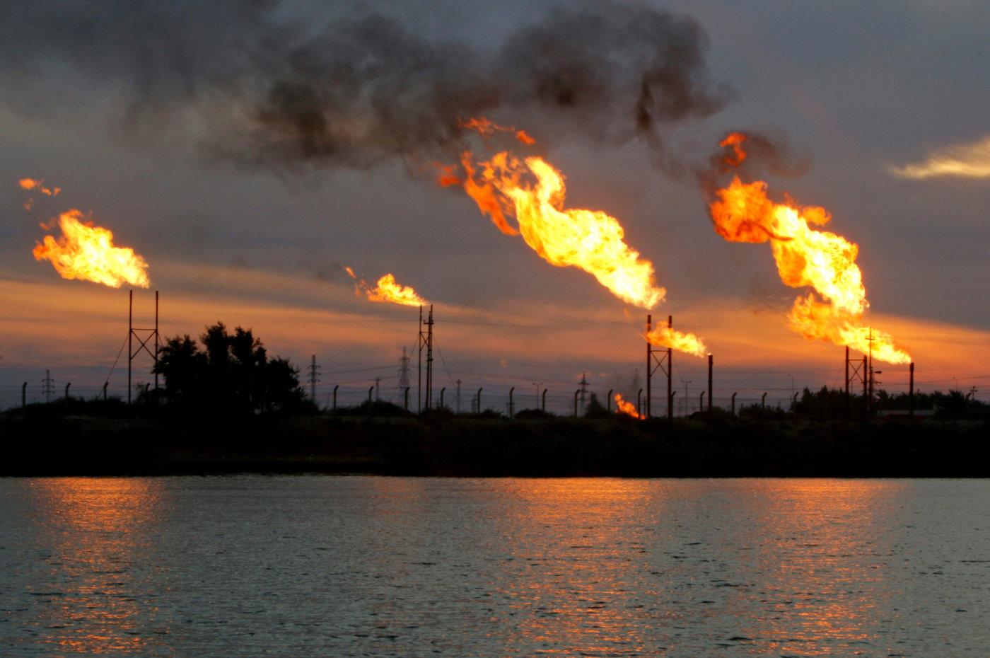 Un giacimento di petrolio a sud-est di Baghdad. (Reuters)