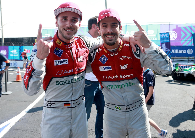 I due piloti di Audi Sport ABT Schaeffler, Daniel Abt (a sx) e Lucas Di Grassi, hanno vinto il campionato costruttori della stagione.