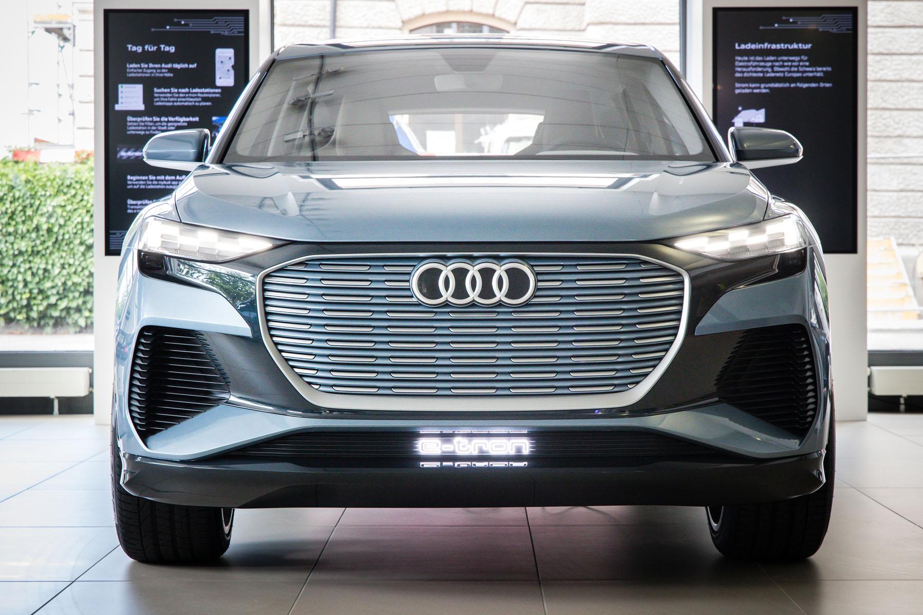 All'e-tron experience center all'Utoquai di Zurigo è possibile ammirare già oggi l'Audi del futuro. (Stefan Bohrer)
